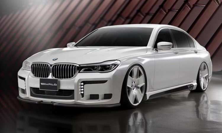 Wald International dévoile la BMW 7 Black Vison